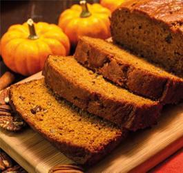 Recept van Rineke Dijkinga: Pompoen Ontbijt Cake